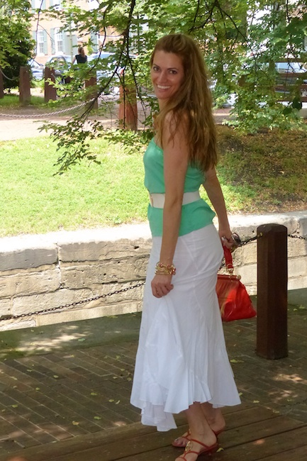 Diamondleone.com - pic4 - long white skirt