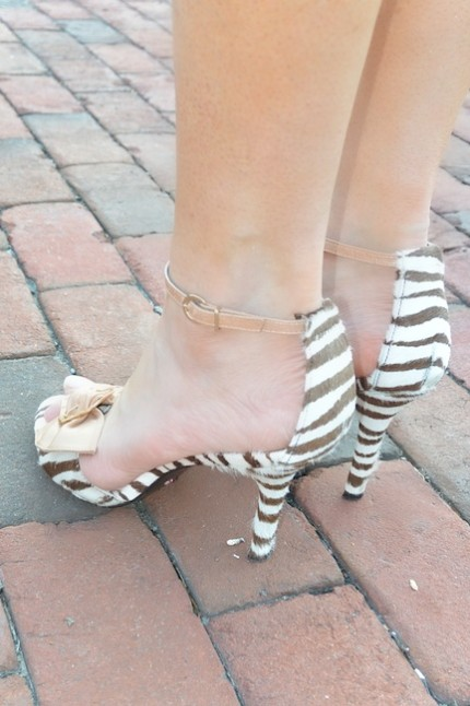 diamondleone.com - Beverly Feldman zebra striped heels