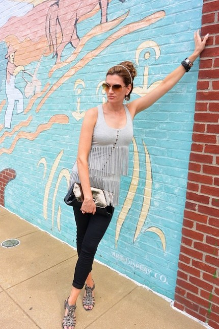 DiamondLeone.com - Gray fringe top by Guess (3)