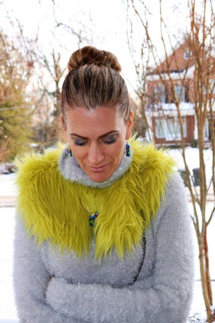 DIamondLeone.com - Neon Fur Collar and cobalt blue leggings 1